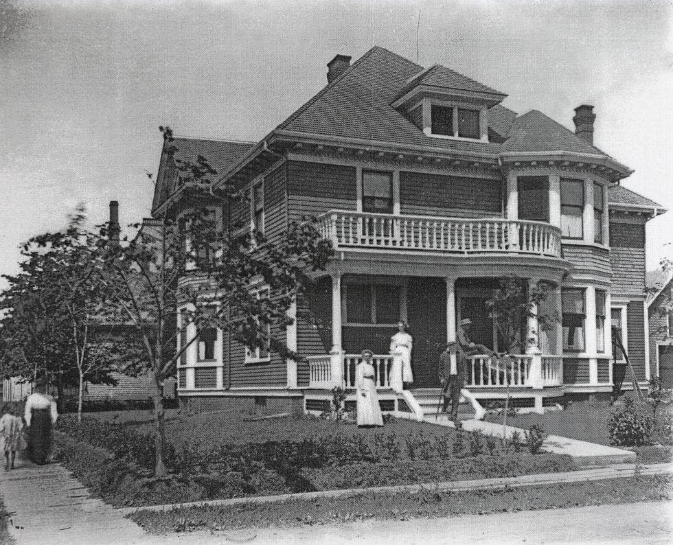 Island Home B&B - Historical Downtown Summerside Bed and Breakfast